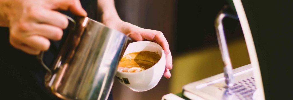 Mælkekande til kaffe